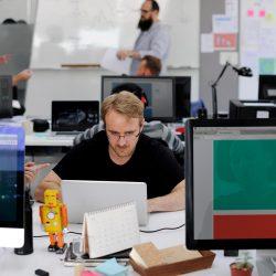 startup-business-people-working-in-office-PSCFEZP.jpg